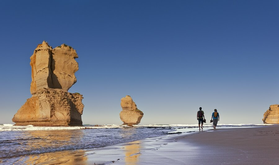 Couple in front of Twelve Apostles