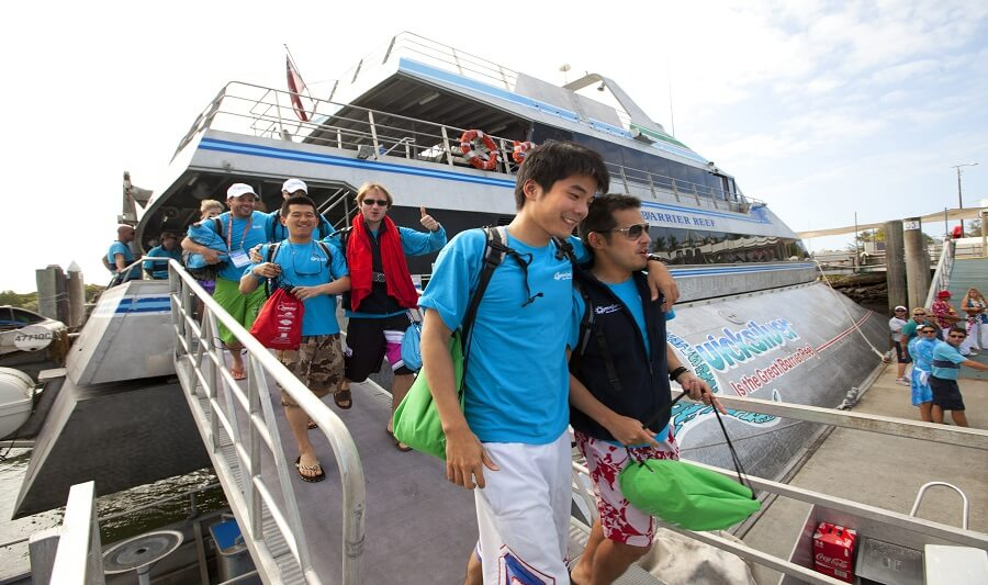 Outer Barrier Reef Tour