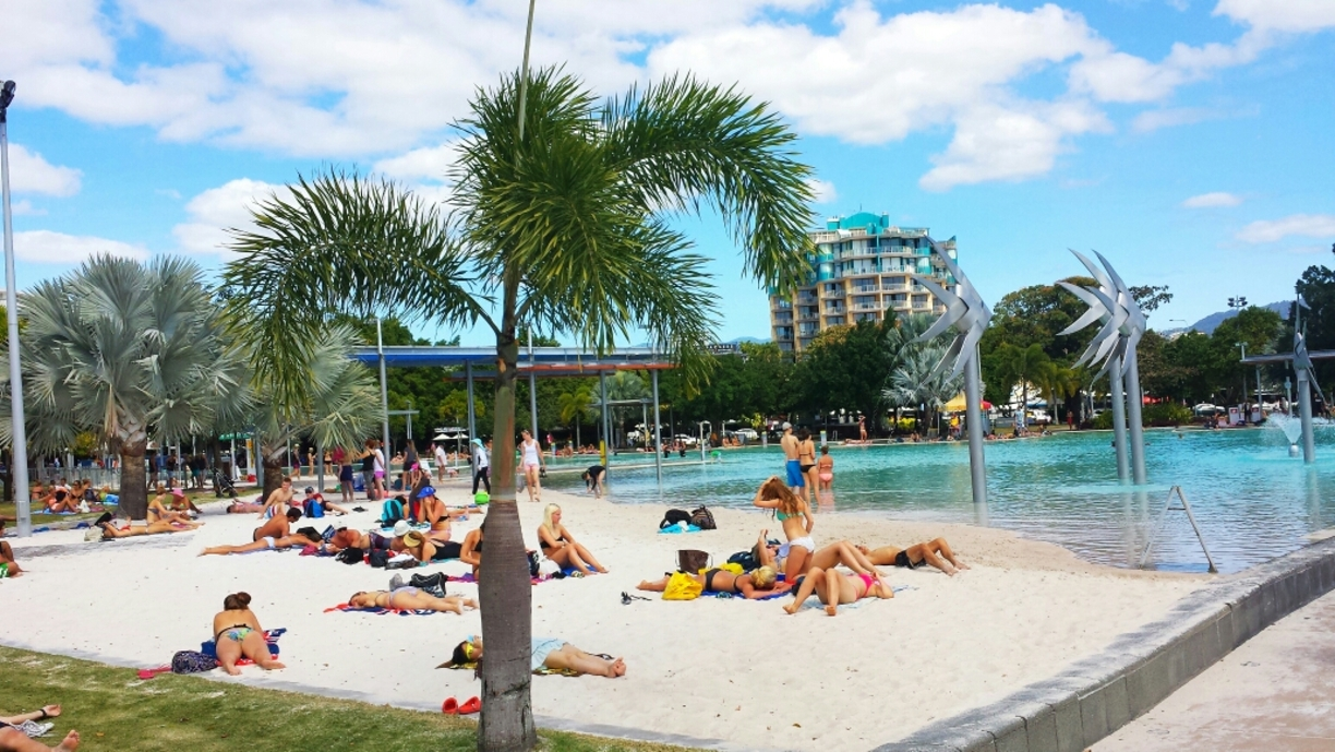 Visiting Cairns on a Budget